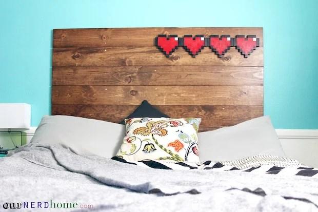 ournerdhome_8-bit_hearts_headboard_01