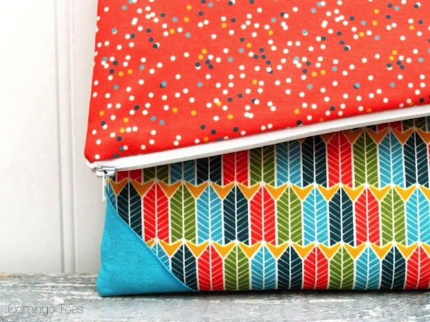 flamingotoes-Simple-DIY-Fold-Over-Clutch-02