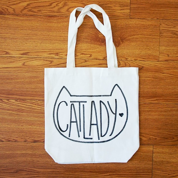 thepinksamurai_cat_lady_tote_bag_01