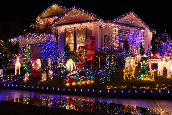christmas light up houses
