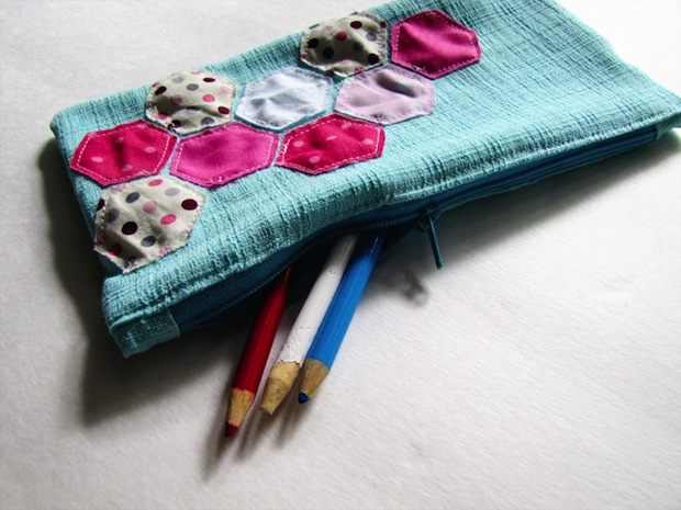 mamasayssew_hexie_pencil_case_01