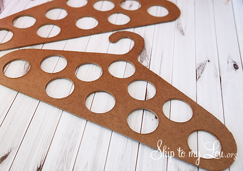 skiptomylou-DIY-Scraft-Hanger-02