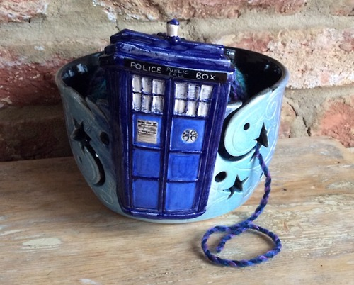 Tardis-yarn-bowl-1