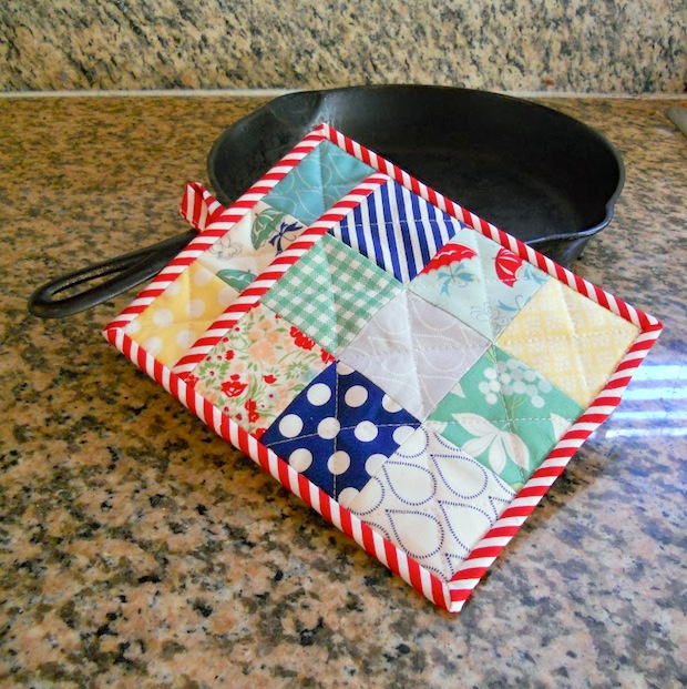 modabakeshop_patchwork_potholder_01