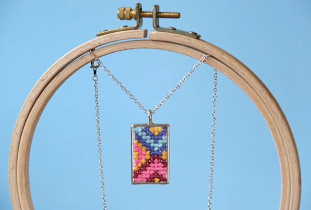 CRAFT_cross-sitch_pendant_final