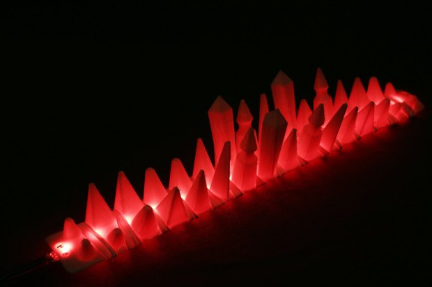 spikestrip_display_large