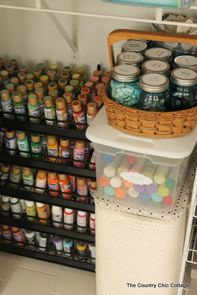 thecountrychiccottage_organized_craft_closet_02