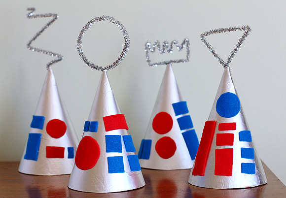 handmadecharlotte_robot_party_hats_01