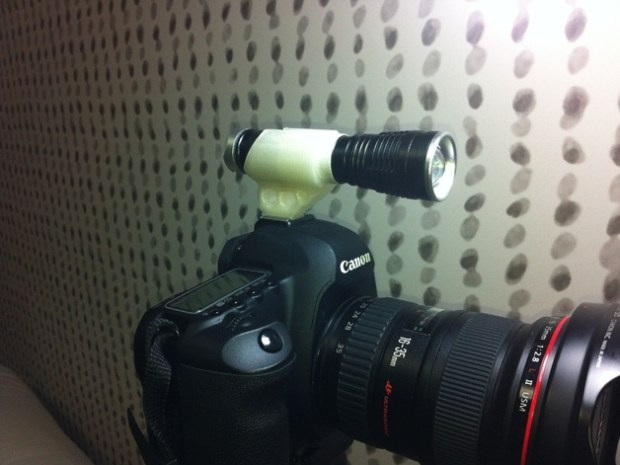 "Quick and easy way to shoot photo or video(or hold a shotgun mic) in a dimly lit situation. Flashlight/mic diameter : 1"" (25mm) See it in action: http://www.youtube.com/watch?v=dizPyB-86CA http://www.youtube.com/watch?v=14C8Mj_G99M Get the file here."