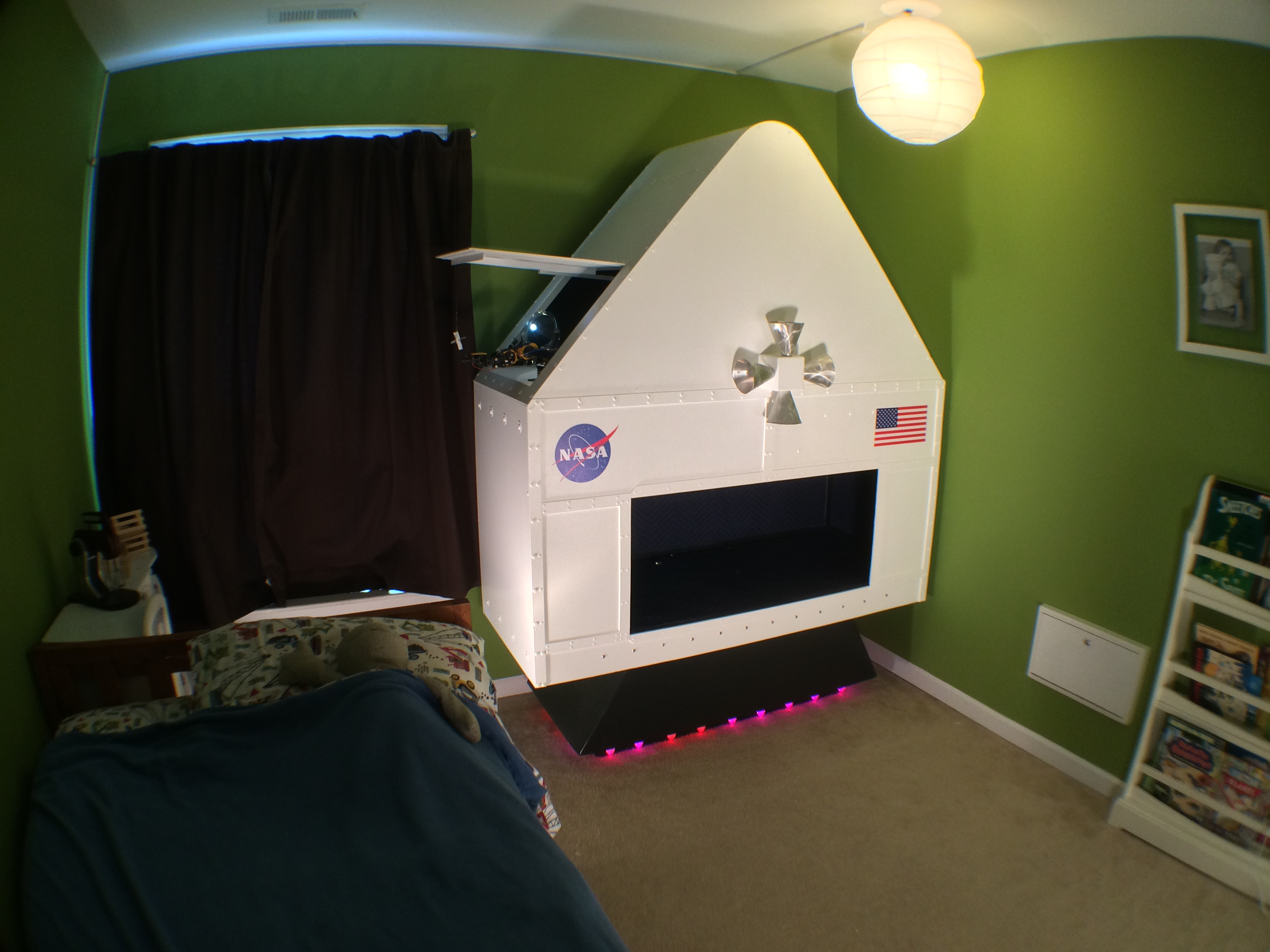 Making Fun Kid S Room Spacecraft Make