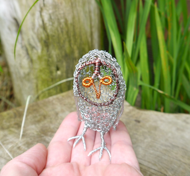 03_baby_owl_wire_sculpture_flickr_roundup