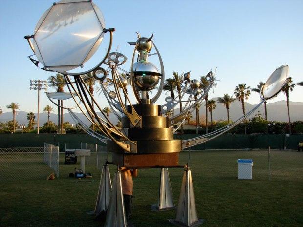 Fredericks' large-scale kinetic orrery, titled Fata Morgana, at the Coachella Music Festival.