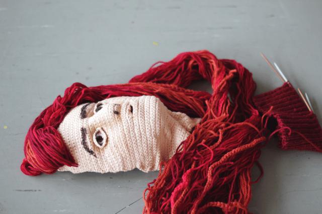 crocheted-self-portrait-2