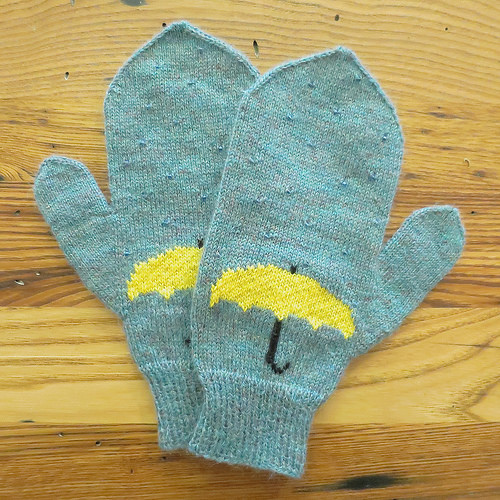 justcraftyenough_april_showers_mittens_01