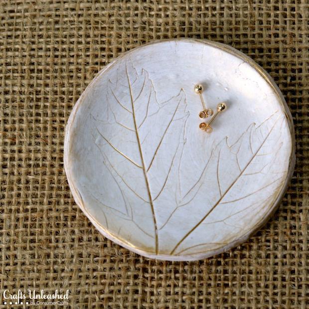 craftsunleashed_polymer_clay_leaf_dish_01