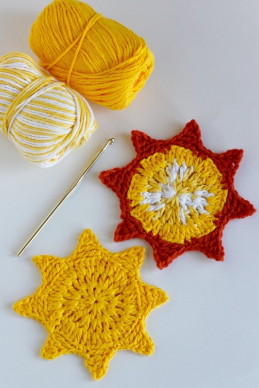 Crochet-Sun-Coasters