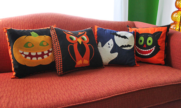 06_CRAFT_halloween_pillow_covers