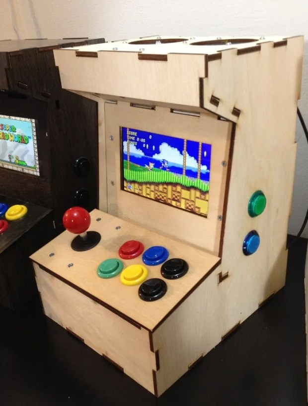 Ryan Bates' Porta Pi Arcade harnesses the Raspberry Pi for playing games