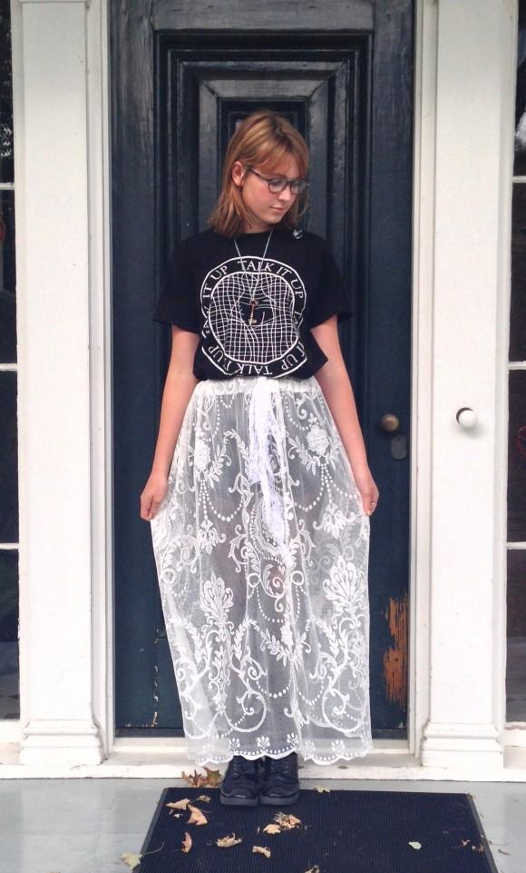 diy-curtain-skirt-1