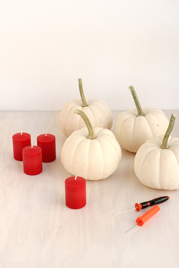 freutcake_Vampire_Pumpkin_Candles_02