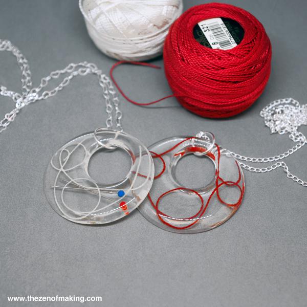 resin_thread_pendant_1