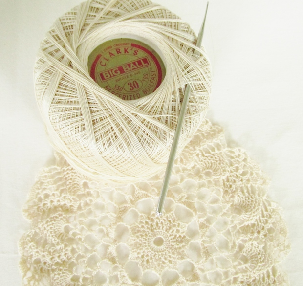 01_thread_crochet_doily_project_flickr_roundup
