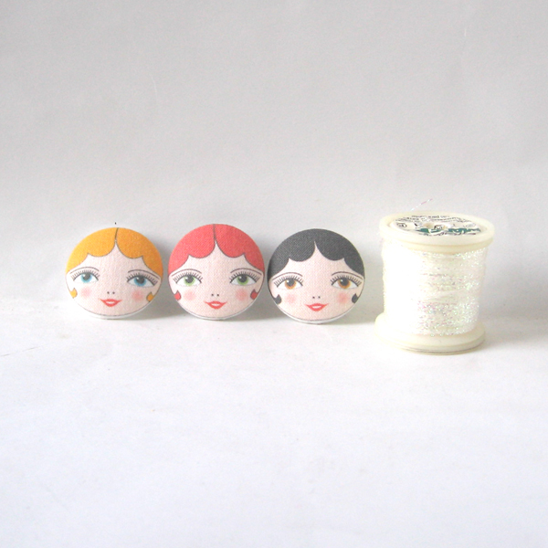 05_large_doll_face_sewing_buttons_flickr_roundup
