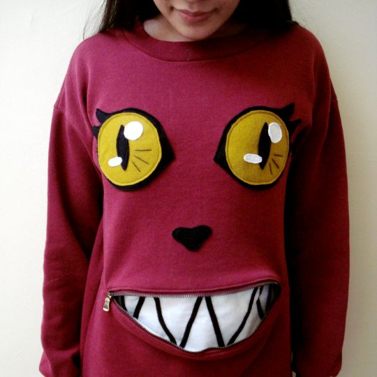 cat-zipper-sweater-1