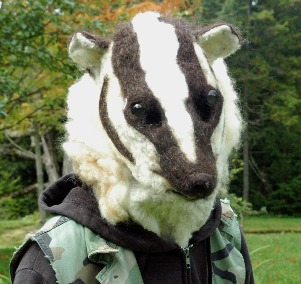 felted-badger-mask-1