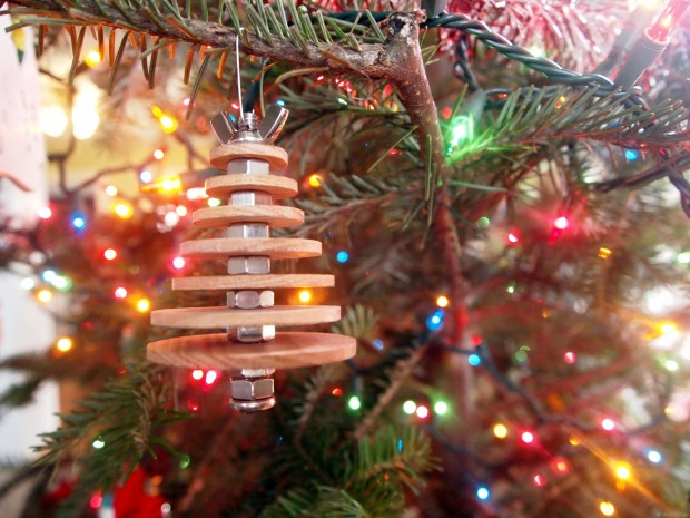 DIY-Industrial-Christmas-Tree-Ornament...-using-basic-hardware-and-wooden-discs-Sawdust-and-Embr2