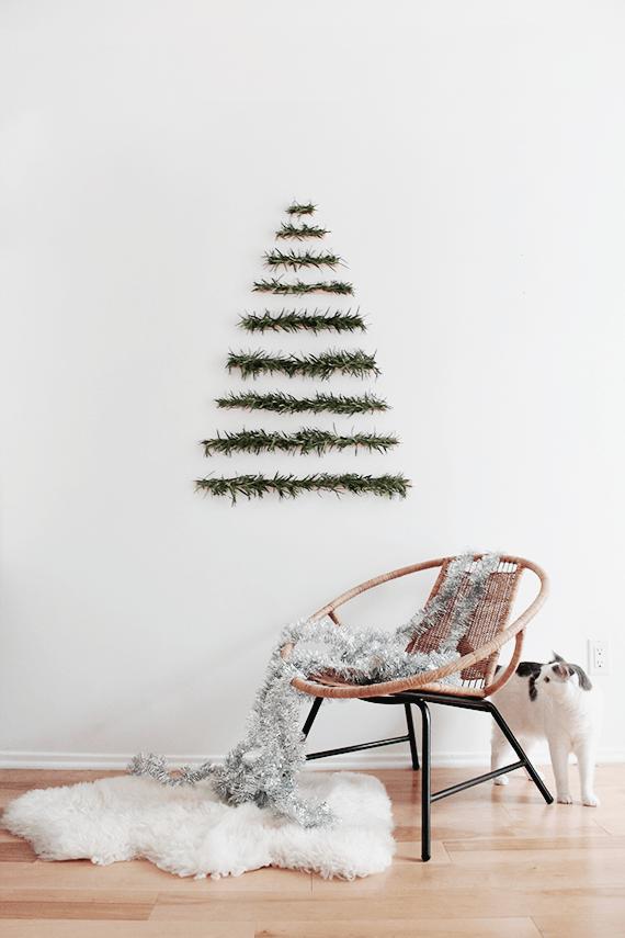 modern wall hanging christmas tree 1 - Wall Hanging Christmas Tree