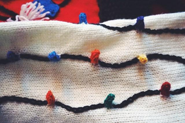 vomiting-santa-sweater-3