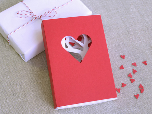 CRAFT_valentines_day_matchbook_card_main