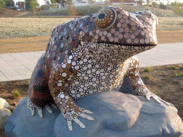 frog_still