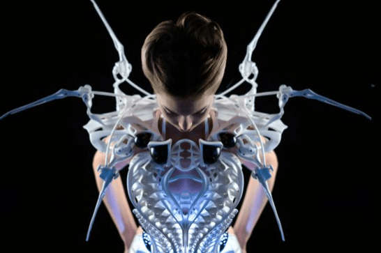 Getting Close to Anouk Wipprecht's 3D-Printed, Edison-Powered Spider Dress  2.0 at CES 2015 | Make: