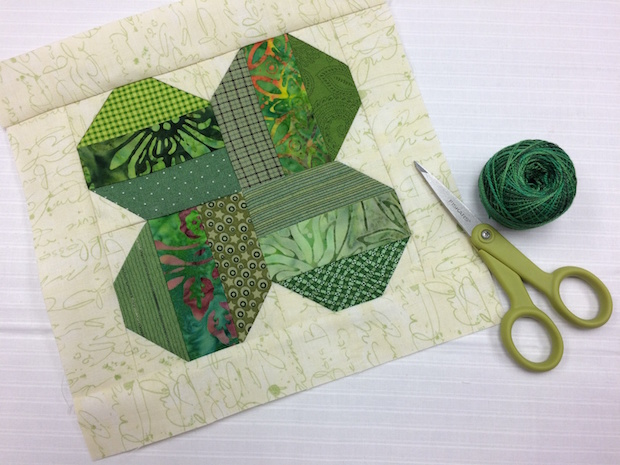 craftsy_four_leaf_clover_quilt_block_01