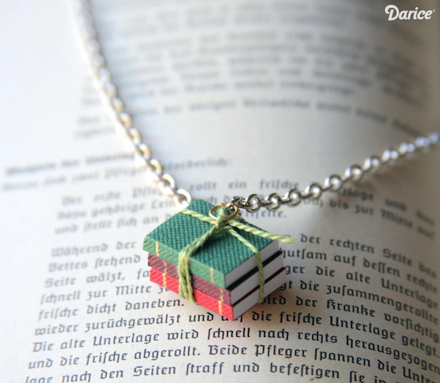 darice_book_necklace_01