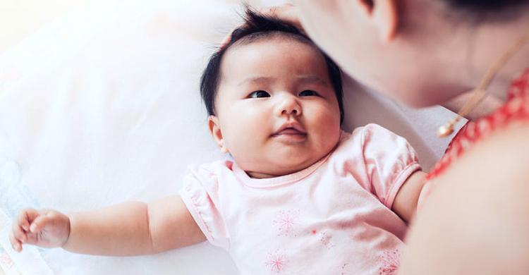 把握語言發展黃金期!訓練孩子語言能力這樣做 – 媽媽經|專屬於媽媽的網站
