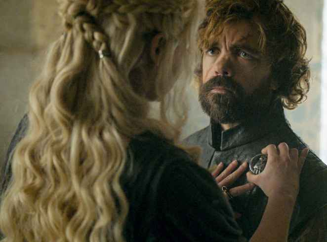 game of thrones season 6 tyrion lannister and khalisi Daenerys Targaryen.