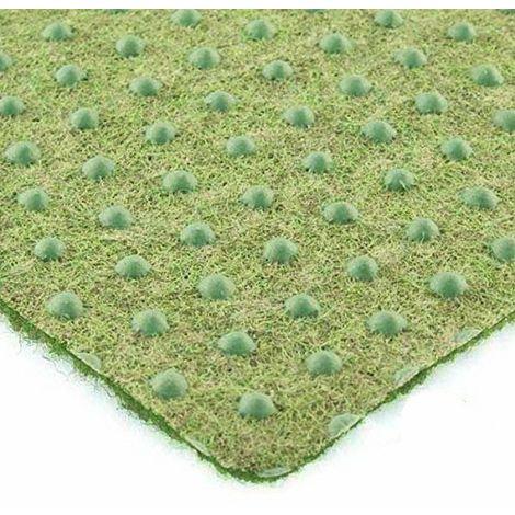 tapis moquette imitation gazon avec plots gazon synthetique madeinnature 2x1m