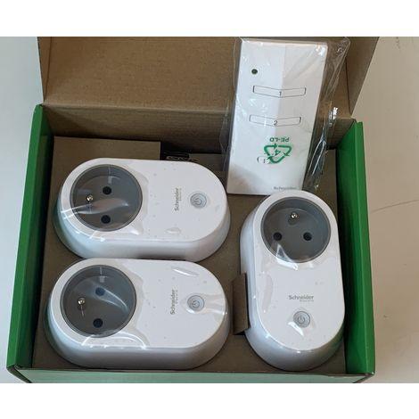 lot de 3 prises 2p t 16a plug radio commandees telecommande pour pilotage a distance schneider cctsa94010
