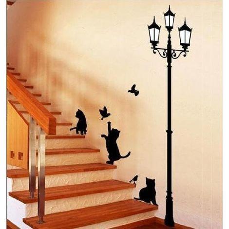 Cani, gatti coniglietti o pappagalli, ci si dedica con amore, passione e tempo al proprio animale. Adesivo Decorativo Con Gatti E Lampione Sticker Murale Da Parete 70 X 50 Cm