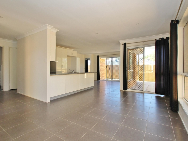 7 sofala street riverwood small sofa bed singapore mcgrath estate agents 18 obiri place zillmere