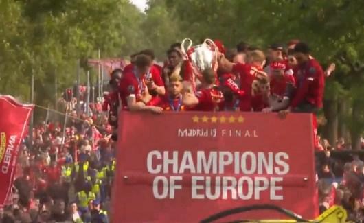 Kemeriahan Parade Juara Liga Champions Liverpool