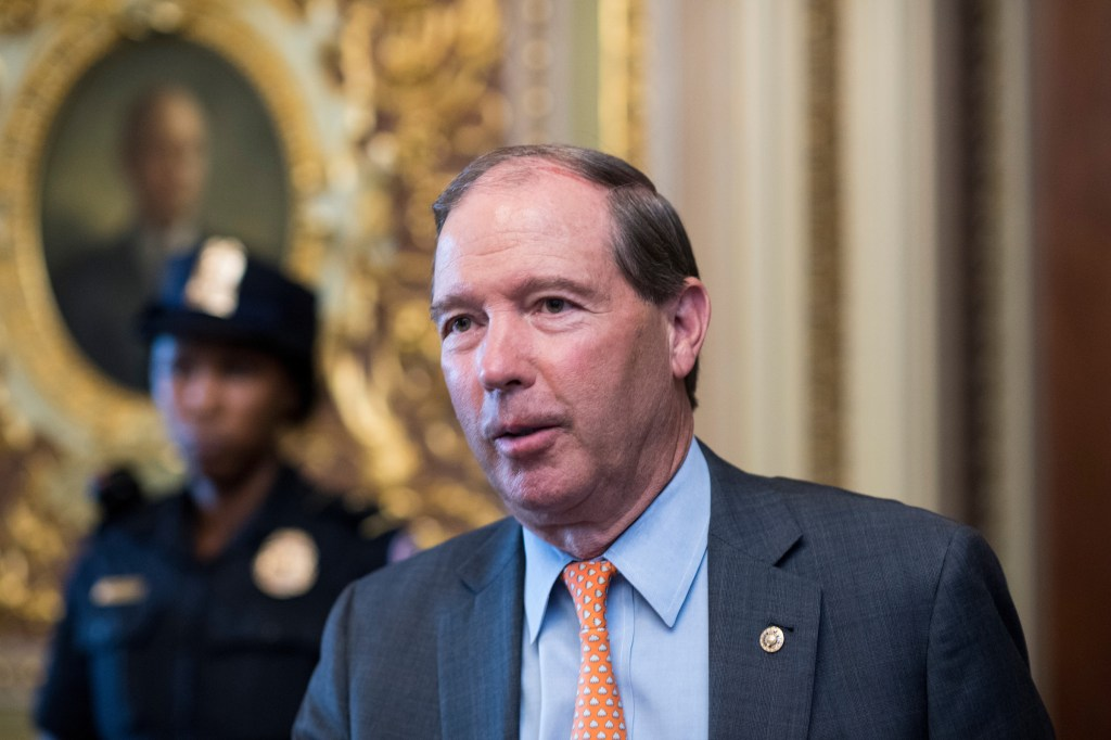 New Mexico Sen. Tom Udall wants presidential candidates to release three of their most recent tax returns. (Bill Clark/CQ Roll Call file photo)