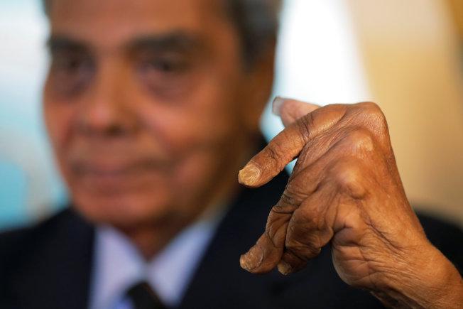 留了66年!擁有最長指甲的男人終於剪掉了 - 世界新聞網