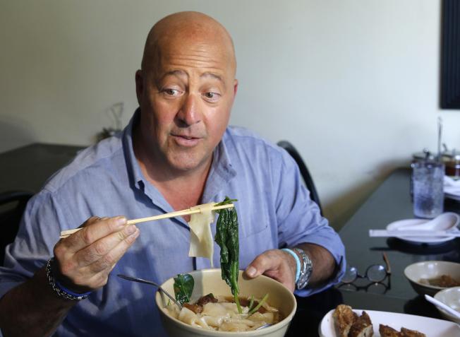 美知名美食家辱中式餐廳?還原當時談話 - 世界新聞網