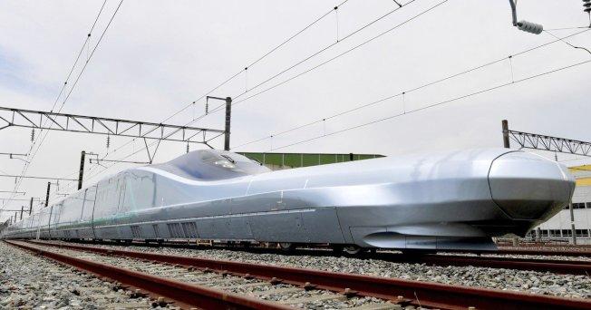 最高時速400公里 日本新一代新幹線ALFA-X試車 - 世界新聞網