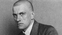 Poemas de Vladimir Maiakovski. O poeta que era todo coração.