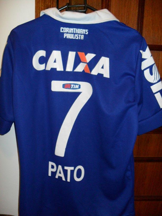 b755fda3f2a90 Corinthians e sua 3ª camisa um tanto quanto diferente